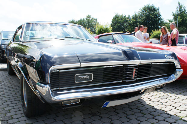 1969 baute der Mercury Cougar nach alter Väter Sitte lower, longer and wider ©autorild.de