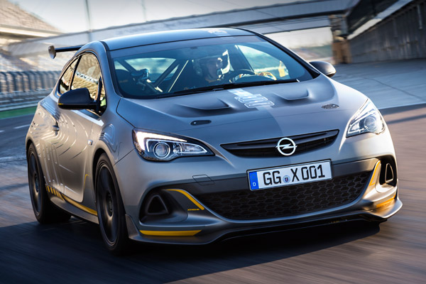 Opel Astra OPC Extreme ©GM Company